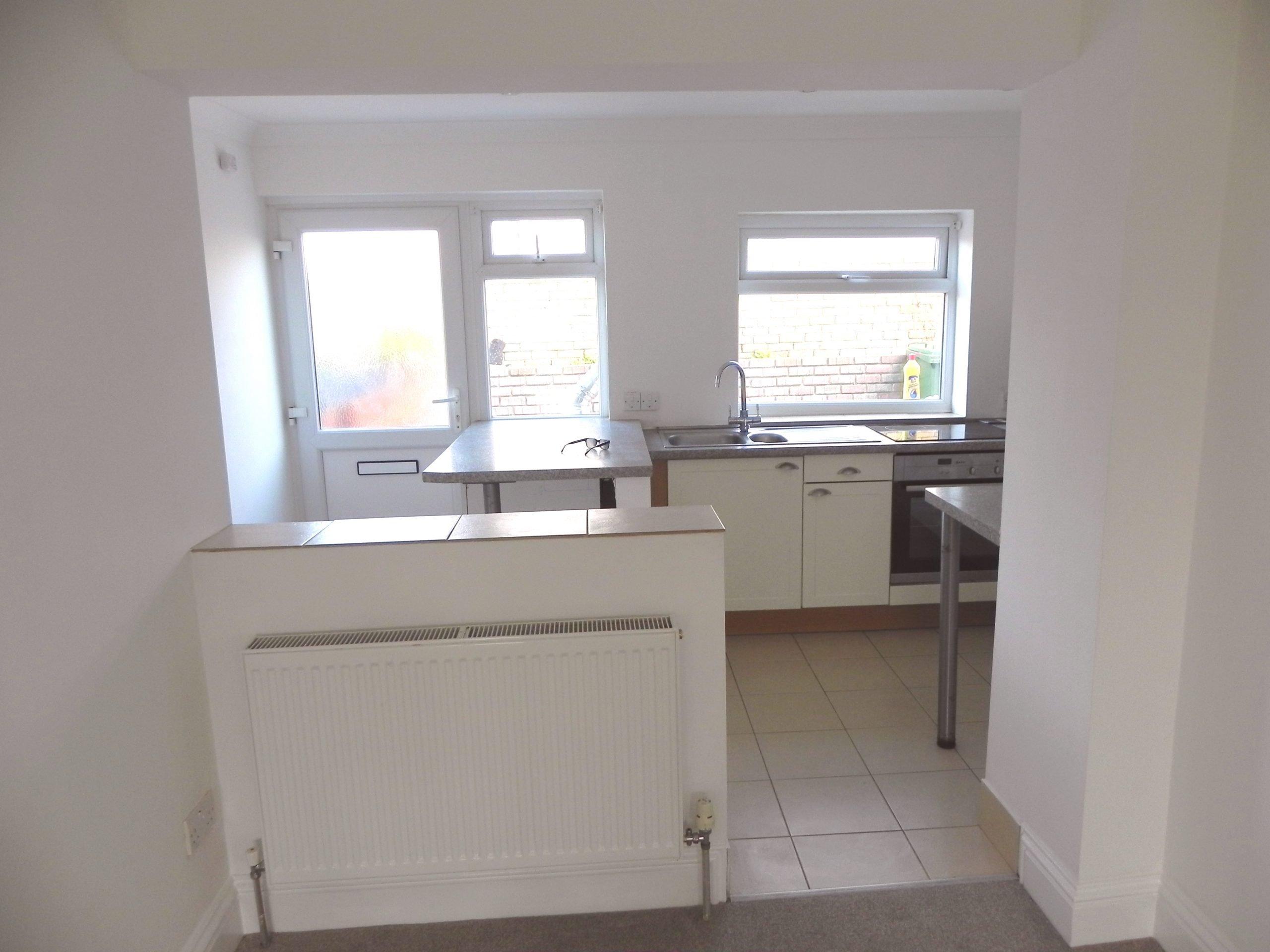 Gwithian flat kitchen
