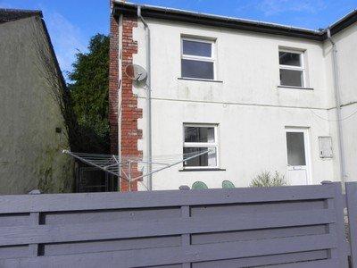 2 Bedroom cottage  – Strawberry Lane, Hayle
