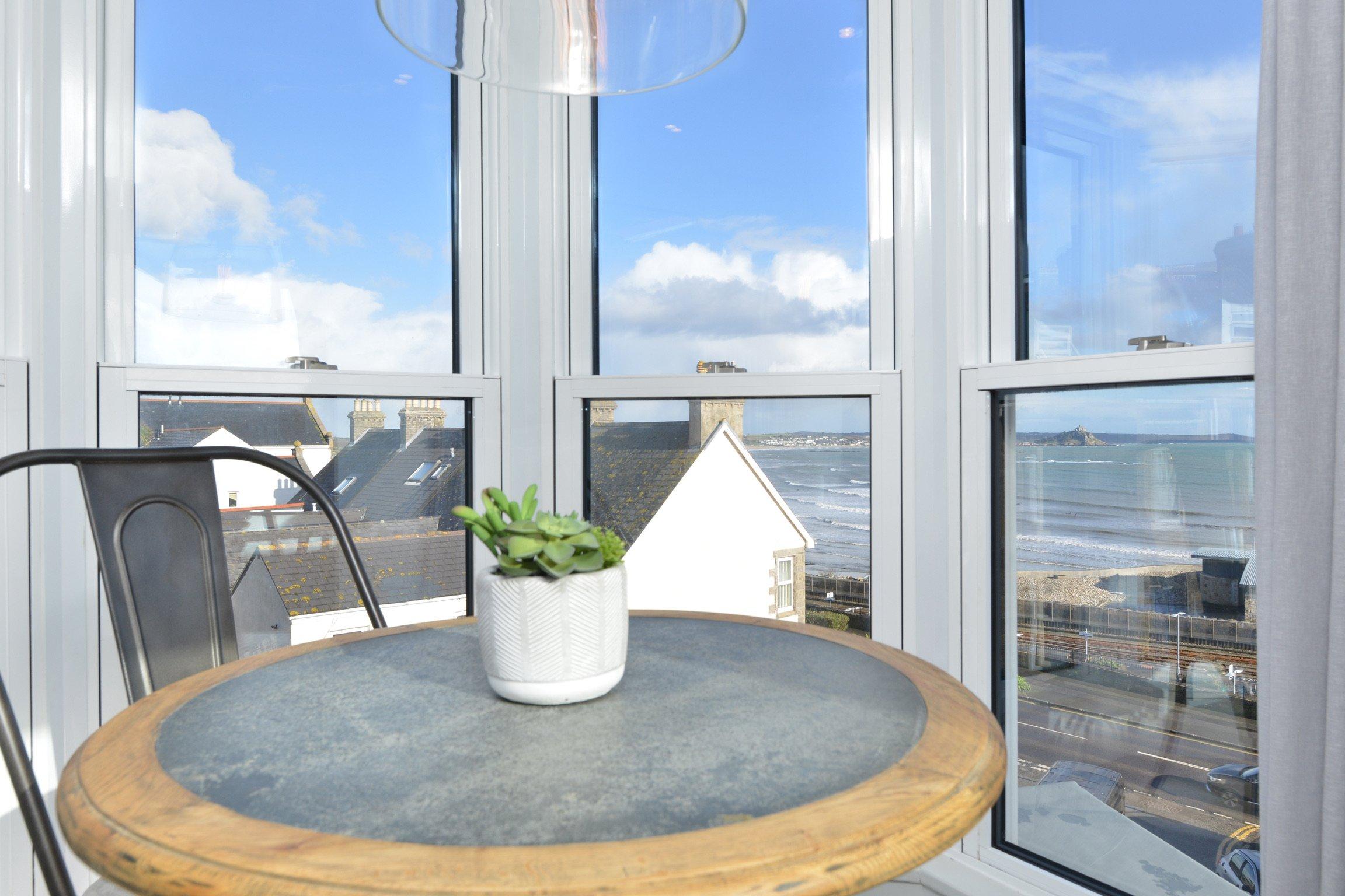 1 bedroom luxury apartment to rent